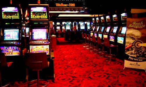 パラダイスカジノ・ウォーカーヒルのスロットマシン