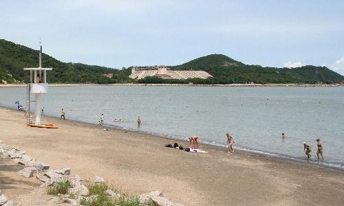 ハクサビーチ