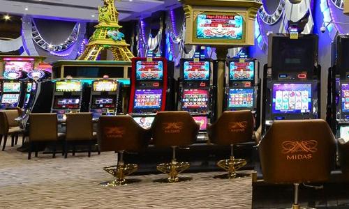 ミダスホテル&カジノ